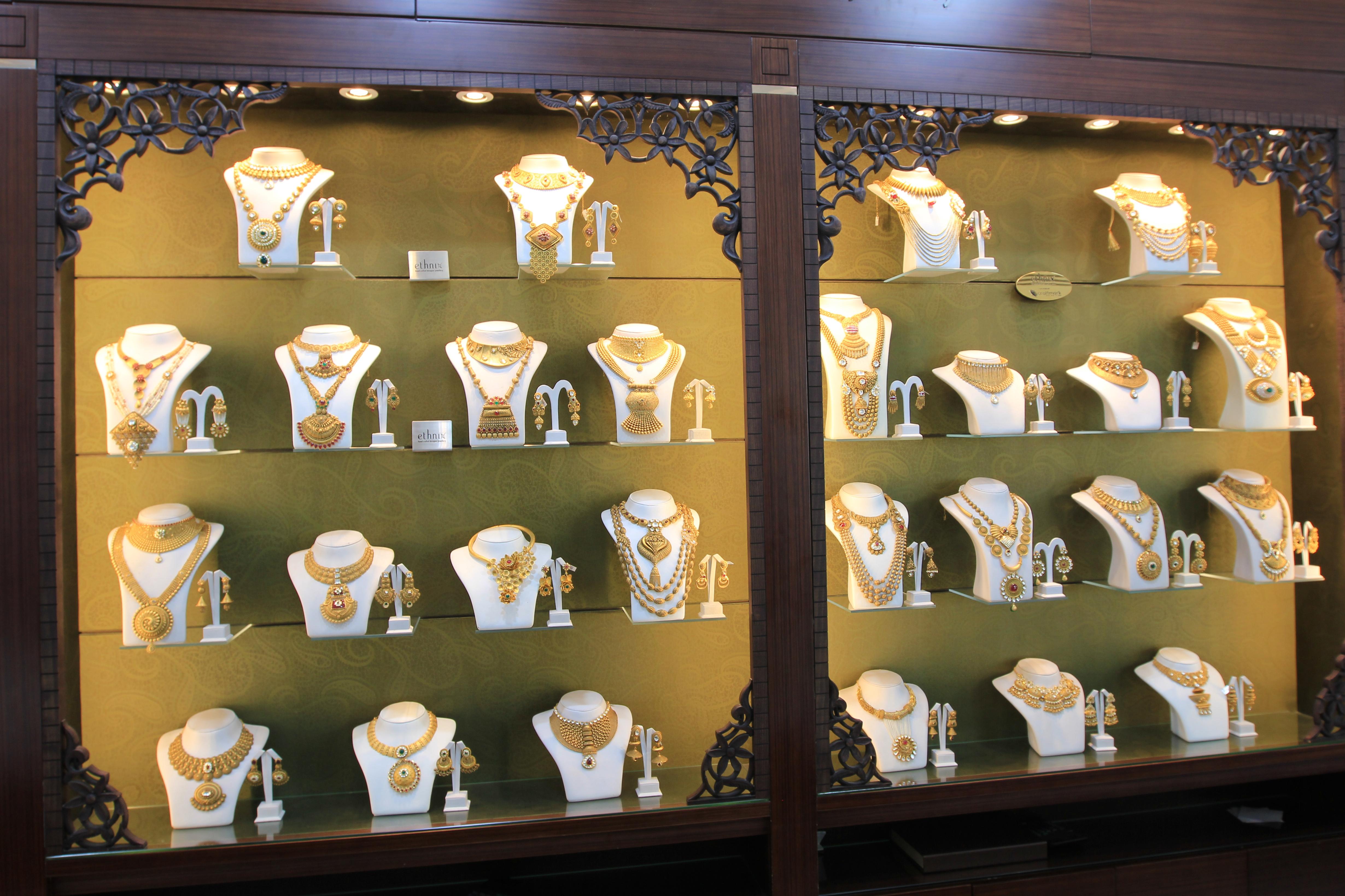 Золотые украшения Дубаи